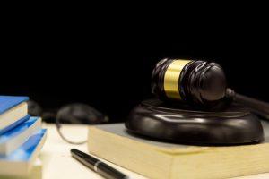 מה ההבדל בין גירושין ברבנות לגירושין בבית משפט